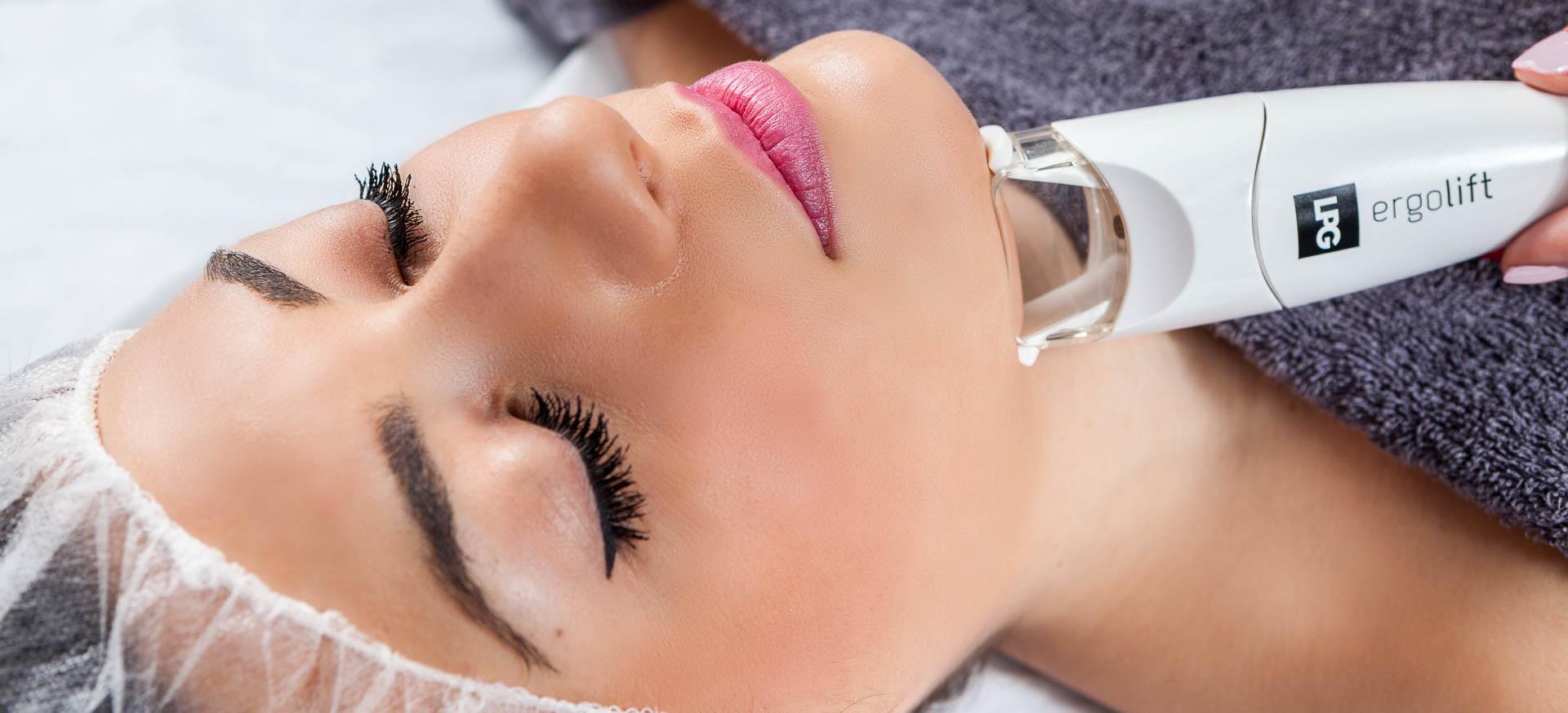 Tratamientos faciales, tratamiento facial, Centro de Estética, Estetica Avanzada, Tratamientos de estetica, Atelier de estetica, Equipo humano, servicio profesional, servicio personalizado