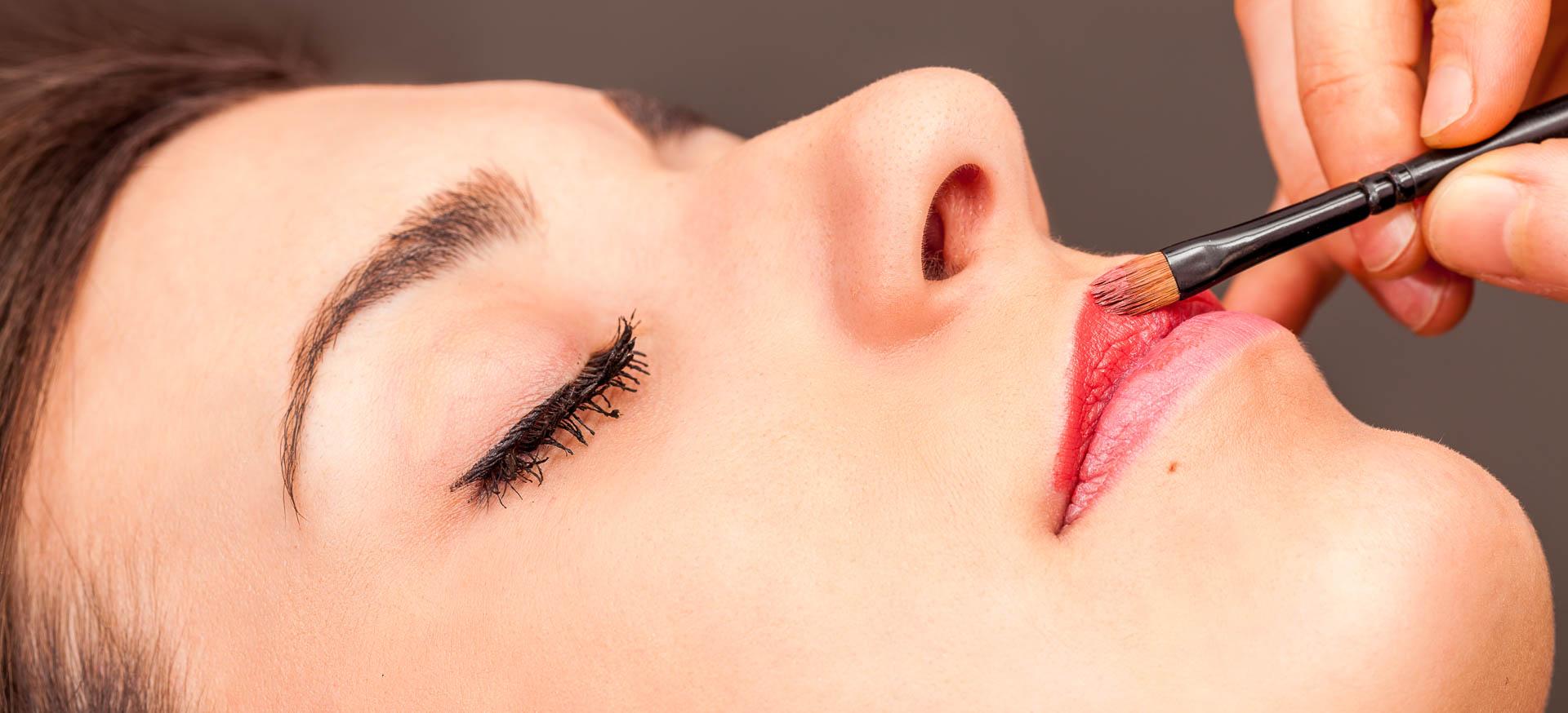 Maquillaje, curso de maquillaje, maquillaje de novia, maquillaje de novias, maquillaje de fiesta, maquillaje de día, maquillaje de noche, tratamiento estetico, Tratamientos esteticos, Centro de Estética, Estetica Avanzada, Tratamientos de estetica, Atelier de estetica
